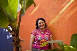 Irma Pineda, poeta zapoteca. Fotografía de Álvaro Figueroa.